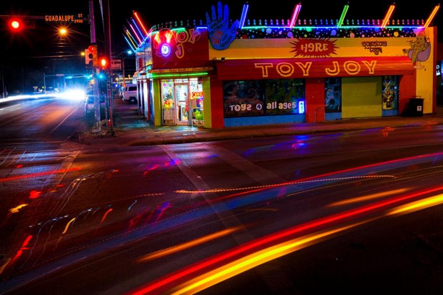 Photo by David Josue (Austin, Texas)