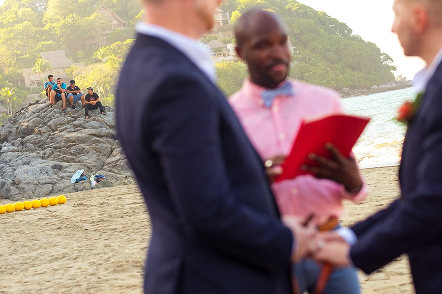 gay_same_sex_beach_wedding_ceremony